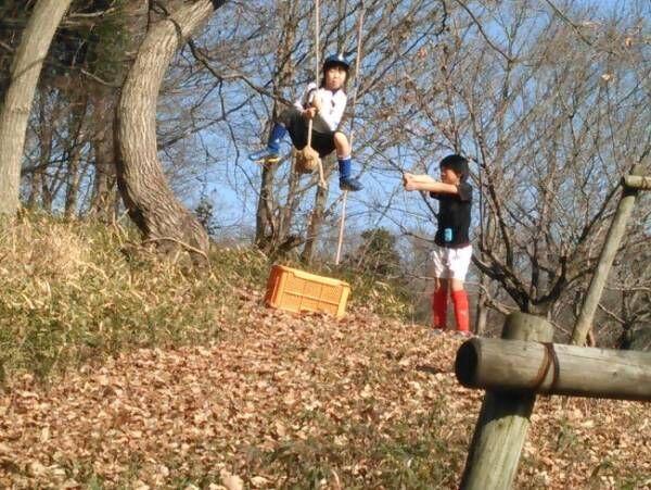 学習指導要領の改訂で学校教育が変わる 思いきり自由に遊べる「冒険遊び場(プレーパーク)」を知っていますか?