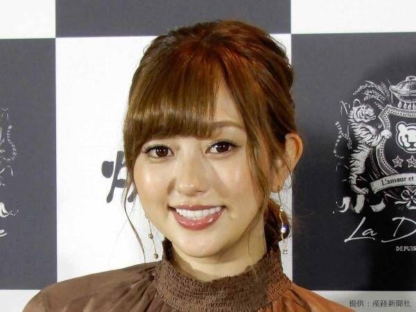 菊地亜美が妊娠中の大きくなったおなかを披露! 「収録はすべてなくなった」と近況を報告