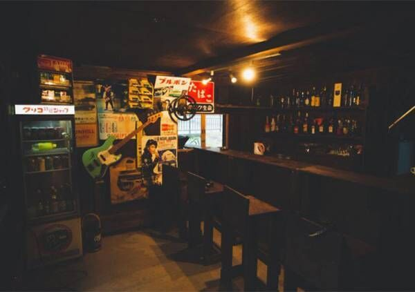 飲みに行きたくて、自宅の納屋を『バー』にリフォームすると? 「なんということでしょう」