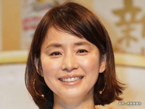 石田ゆり子、インスタでストレッチ姿を公開 「めっちゃ柔らかい」とファン