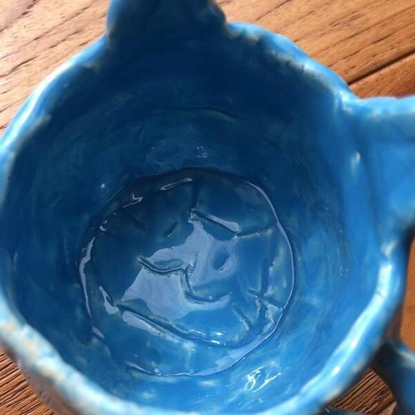 娘が作った『猫マグカップ』を使った結果…!? 「爆笑した」「強すぎる」