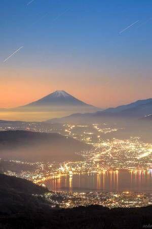 まるで宝石箱のよう… 長野県で撮影された『2枚』に心奪われる