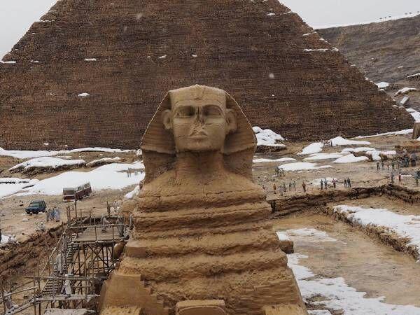 「笑った」「お見事」 積雪のピラミッド、よく見てみると…?