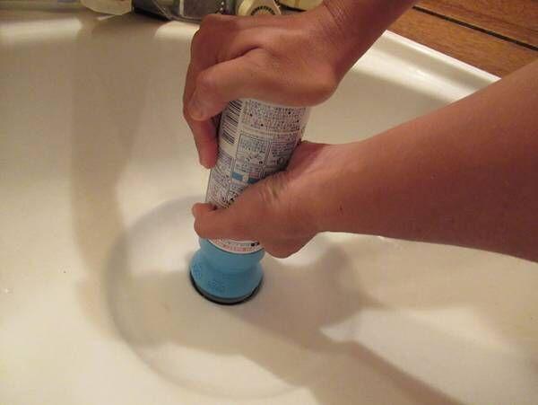 話題の『マッハ泡バブルーン』で洗面台を掃除してみた