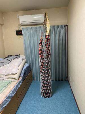 UNOで建てたタワー 完成後、地震が起こり…?結末に吹き出す