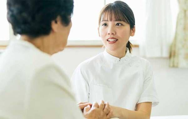 ナースコールを押して平謝りする患者に、看護師が『ひと言』