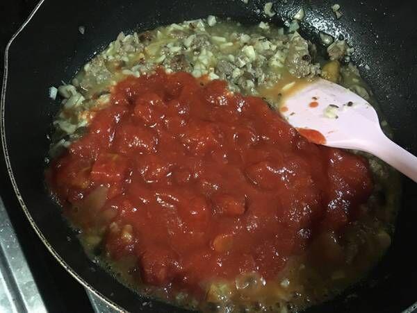 「天才の発想」と絶賛の声が続出 ハンバーグとトマト缶を用意するだけで…?