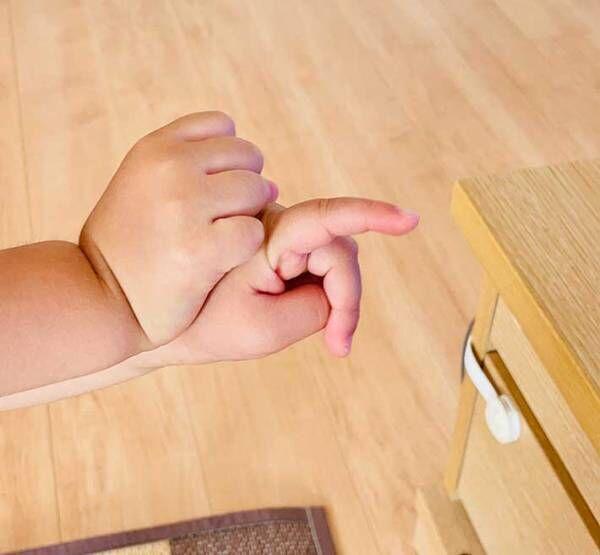 2歳娘の手を写したら? 「破壊力バツグン」「見ているだけで幸せ」