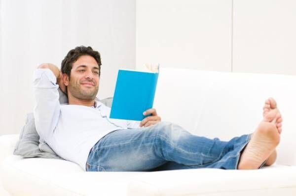 「読書好きな男性」に好かれる方法とは?