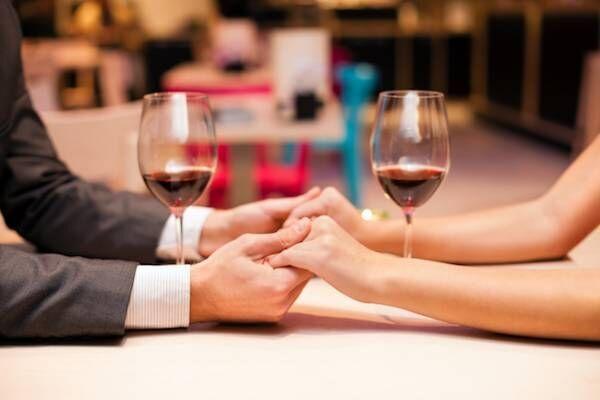 ディナーのひと時こそ油断大敵!恋する男と女の食事マナー