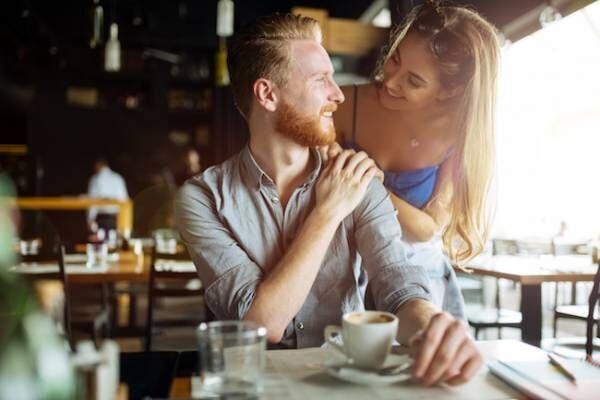 男性がドキッとするデート中のボディタッチとは?1画像