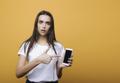 注意して!出会い系アプリで女性がよくあう被害とは?