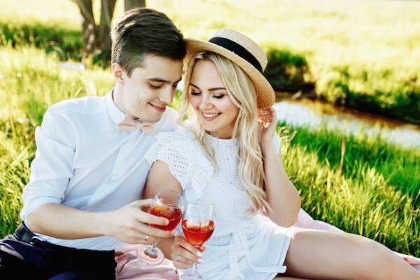 結婚を考えて付き合いたいと思われる「品格ガール」の特徴