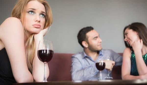 浮気男の心理と見抜き方と親の愛情不足