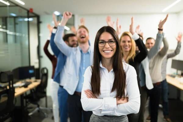バリバリ働くアラサー女性が知っておくべきビジネスマナー4選