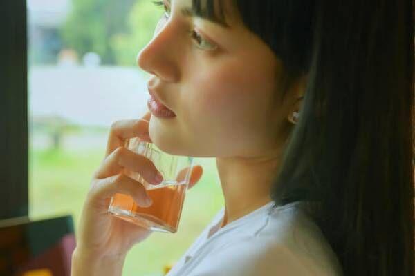 この匂いはやばいって…!思わず男性が振り向く♡好きな女子の香り4選