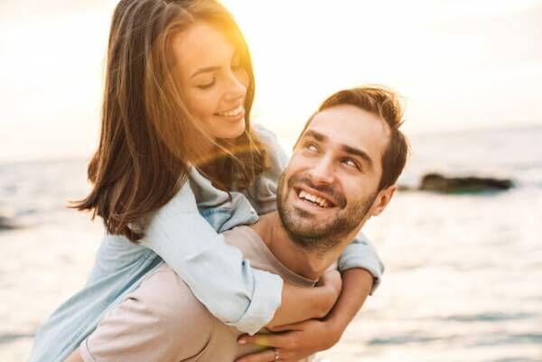 彼氏が転勤で遠距離に…。遠距離恋愛がうまくいくコツは?