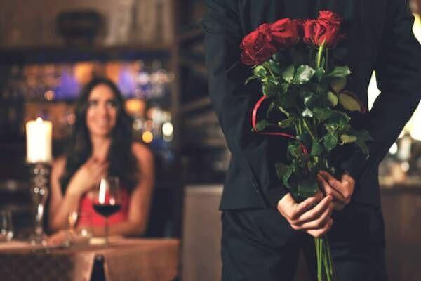 プロポーズのタイミングって記念日が多いの?プロポーズされる時期を予測しちゃおう!