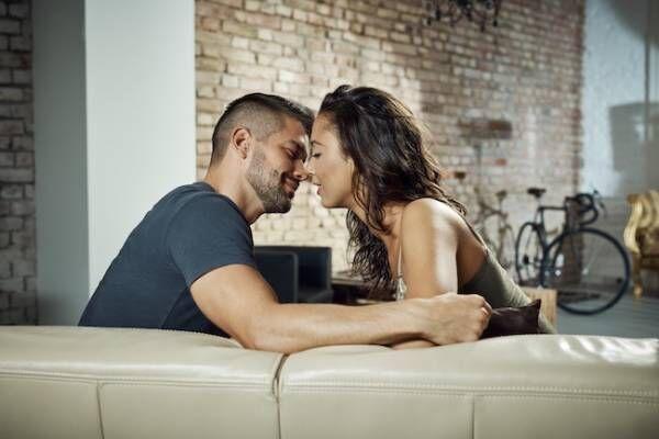 聞くのはちょっと恥ずかしい…30代のキスのタイミングっていつ?