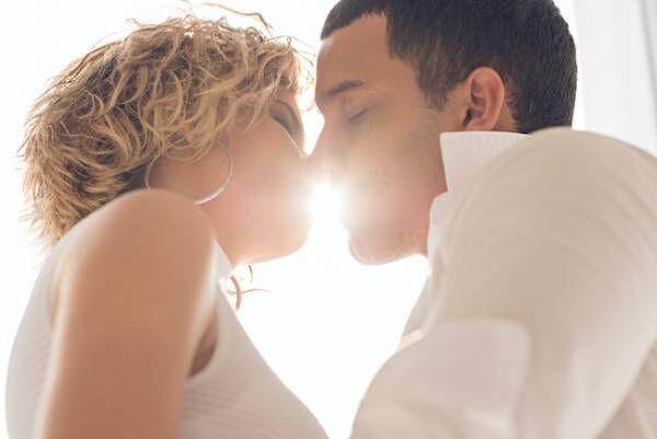 もう一回したい…!男性が感じる気持ちいいキスの特徴3つ