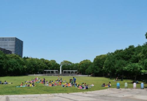 お休みの日はやっぱり、広々のびのび過ごしたい!おすすめパーク7選【家族で週末の公園へ!】