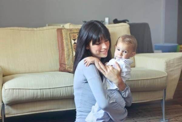 赤ちゃんがママと呼ぶのはいつ?何ヶ月から話せるようになるか解説