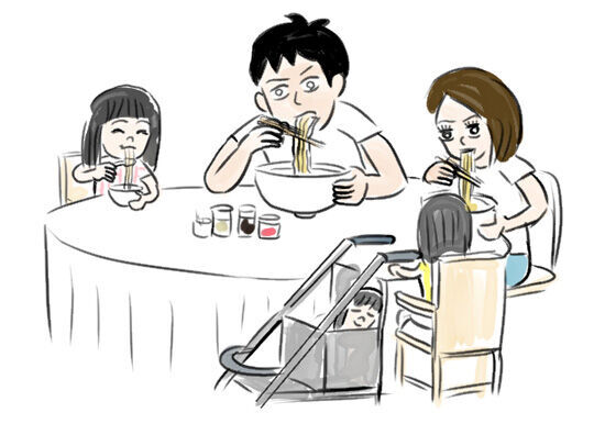 麺が浮かぶ看板をみんなで見て楽しんだ頃。【連載・室木おすしの「娘へ。」】