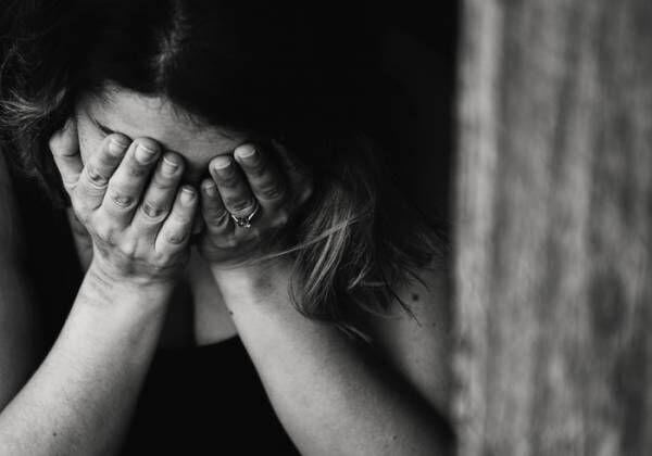 子育てが辛い・疲れる・不安…それ、HSPかも?特性や対策を紹介