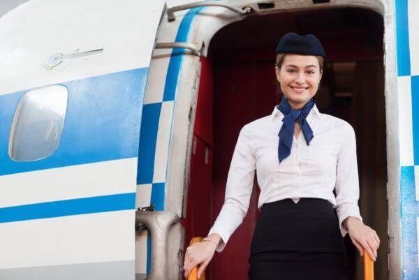 妊娠中はいつから飛行機に乗れる?搭乗する際の注意点や胎児への影響