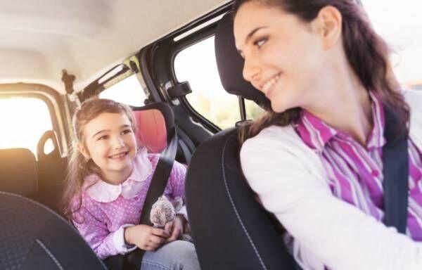 子供を車に乗せての運転で気を付けることは?子供を守る3つの注意点