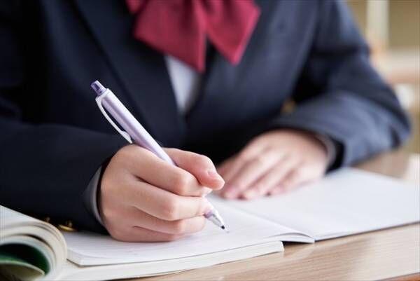 中学生の受験対策で学習塾に通うべき?塾に通わせる適した時期は?