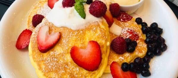 表参道に限定オープン。〈VERY FANCY®OMOTESANDO〉のふわっふわパンケーキをチェック。