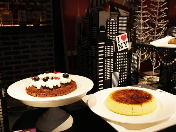 〈ザ ストリングス 表参道〉にてランチ&スイーツビュッフェ「クリスマス in ニューヨーク」を開催。