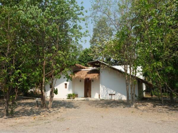 緑あふれるタイ・チェンマイの〈hoshihana village〉で心もほぐれる癒やしのステイ。
