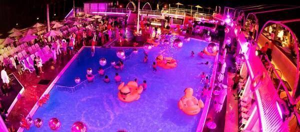 元祖ナイトプール〈ホテルニューオータニ(東京)〉の「ガーデンプール」が2019年さらに進化!