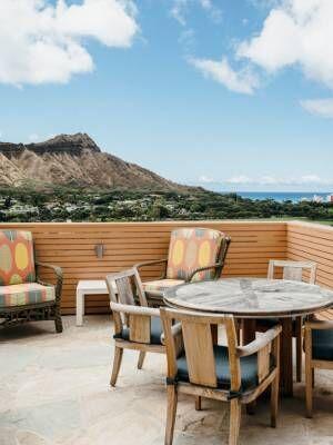 好アクセス・高コスパでダイヤモンドヘッドビュー!ハワイ旅行はホテル〈Queen Kapi'olani Hotel〉がおすすめ。