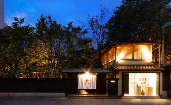 日本庭園と福岡の旬を楽しむ〈イノベーティブ・フレンチ ワタハン〉。
