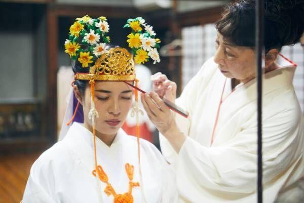巫女体験ができる大阪〈高浜神社〉へ。「心が軽くなり、ご利益があった」声多数!