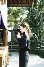 神社検定1級を持つほどの神社好き!モデルMARIKOさんと歩く、ぶらり神社参拝 in 東京。