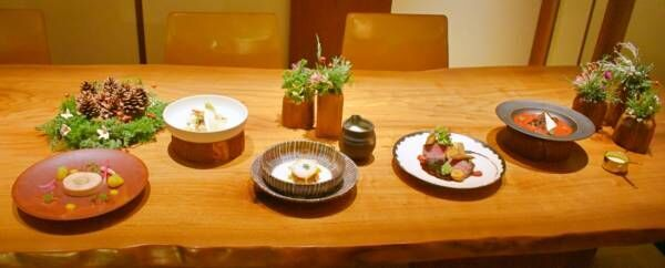 とっておきのクリスマスや新年に!〈アンダーズ 東京〉の「フェスティブシーズンのスペシャルメニュー」。