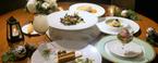 〈ホテル椿山荘東京〉の『東京雲海レストラン』で、思い出に残るディナーを。