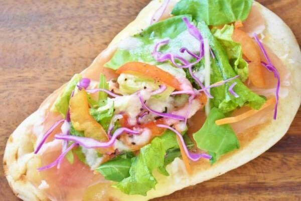 デルソーレの「全粒粉 朝にも食べたいナン」で簡単朝ごはんレシピ。