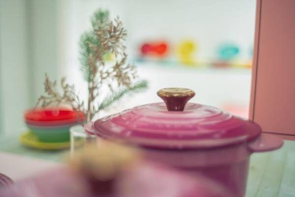 これからの季節は〈ル・クルーゼ〉の限定コレクションで、ワンランク上の食卓に!