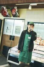 マイクパフォーマンスが話題!〈ひまわり市場〉那波秀和さん/人気スーパーの裏に、この人あり。名物店主に会いに行く。