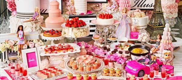 可愛すぎて目が離せない!〈ザ ストリングス 表参道〉が、ストロベリースイーツビュッフェ『ストロベリーホリック〜Barbie in Paris〜』を開催。
