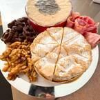 〈オーダーチーズ〉で手に入れる世界最高峰のカマンベール。熟成士の仕事に感動…!〜眞鍋かをりの『即決!2,000円で美味しいお取り寄せ』~