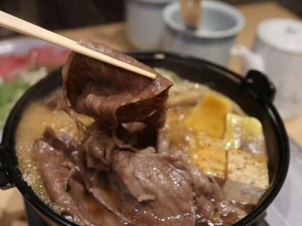 """""""ひとり一鍋""""で安心!JR京都駅直結〈ホテルグランヴィア京都〉の和食浮橋で楽しむ、京都産黒毛和牛の鍋プラン。"""