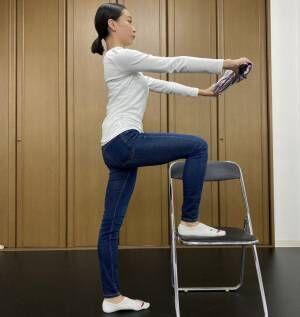 「なんか猫背かも?」バレリーナ直伝!おうちでできる簡単姿勢ストレッチ4選。