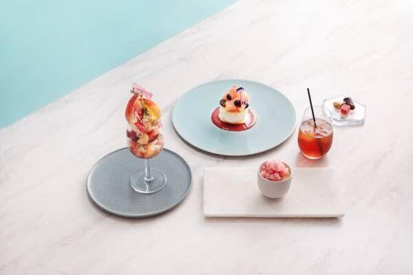 今季は瑞々しい桃!〈Beauty Connection Ginza〉2階の〈Fruits Salon〉で旬のフルーツを味わって。