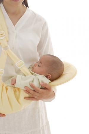抱っこ紐でギャン泣きする息子…原因は?医師に相談したところの画像